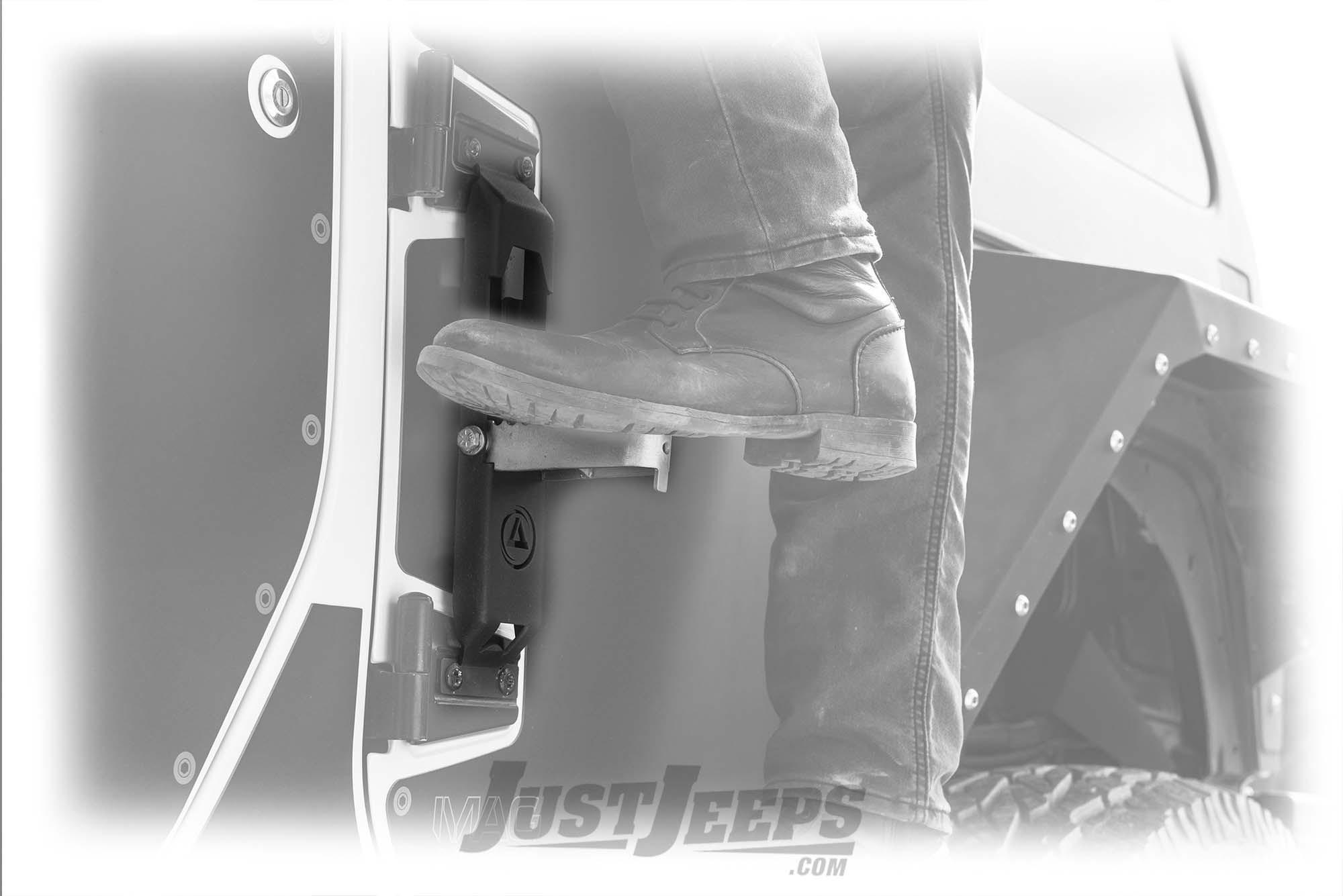 Smittybilt Atlas Door Step For 2007-18 Jeep Wrangler JK 2 Door & Unlimited 4 Door Models