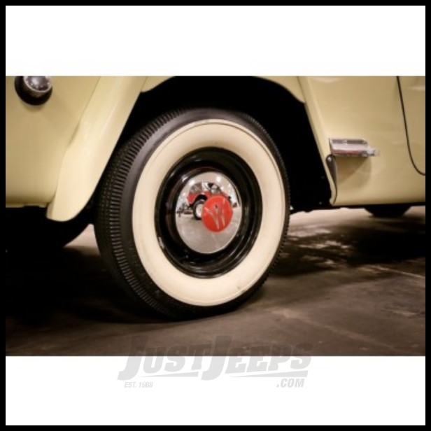 Omix-ADA Hub Cap Chrome For 1946-55 Jeep Willys 2WD Station Wagons And 1948-51 Jeepsters DMC-644365