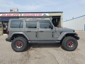 "Just Jeeps 2.5"" AEV Lift Kit For 2018+ Jeep Wrangler JL 4 Door (Installed)"