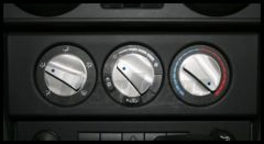 Rugged Ridge Billet Aluminum Climate Control Knobs with Blue Indicators 2007-10 JK Wrangler, Rubicon and Unlimited 11420.05