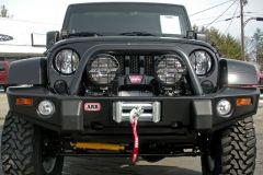 ARB Deluxe Bull Bar Front Bumper (Textured Black) For 2007-18 Jeep Wrangler JK 2 Door & Unlimited 4 Door Models 3450230
