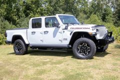 AMP Research PowerStep XL Running Boards For 2020+ Jeep Gladiator JT 4 Door Models 77135-01A