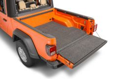 Bedrug Carpeted Tailgate Mat With Gap Guard For 2020+ Jeep Gladiator JT 4 Door Models XLTBMJ20SBS