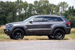 Rough Country 2.5in Coil Spring Lift Kit for 16-20 Jeep Grand Cherokee WK2 91430
