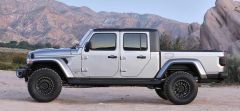 "Just Jeeps 2.5"" SkyJacker Spacer Lift Kit For 2020 Jeep Wrangler JT 4 Door (Installed)"