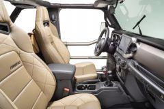 Corbeau Quadratec 30th Anniversary Trailcat Reclining Front Seat Pair 24226-